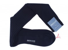 Knee-high navy blue cotton lisle socks
