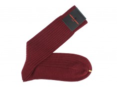 Wool socks burgundy made by Palatino | Uppersocks.com